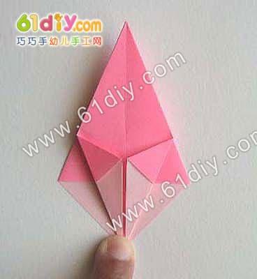 花的折法步骤图_纸金砖的折法步骤图_飞心的折法 ...