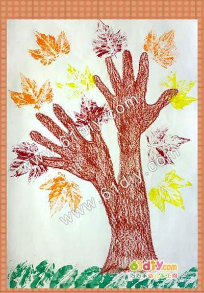树叶印画制作_快乐涂鸦_巧巧手幼儿手工网