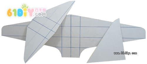 牛奶盒纸筒制作飞机模型