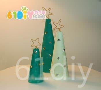泡沫制作可爱的圣诞树_巧巧手幼儿手工网