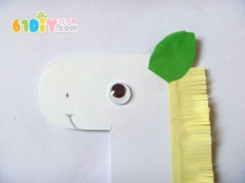 可爱的纸盘小马手工制作步骤