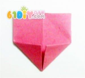 简单的爱心折纸图解(2)_爱心折纸_巧巧手幼儿手工网