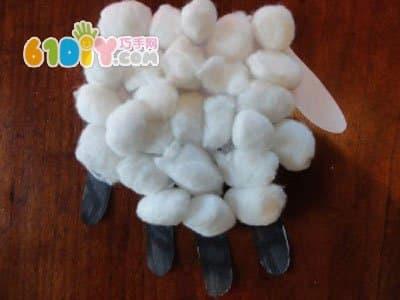 手印绵羊手工制作