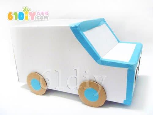 纸盒手工制作小汽车图片 纸盒做小汽车的作文 小学生能做高清图片