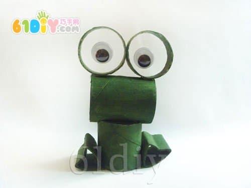 卷纸筒青蛙手工制作_纸筒手工_巧巧手幼儿手工网