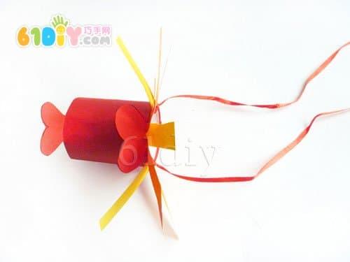 新年手工:卷纸芯制作舞龙