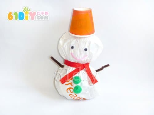纸袋手工制作圣诞小雪人