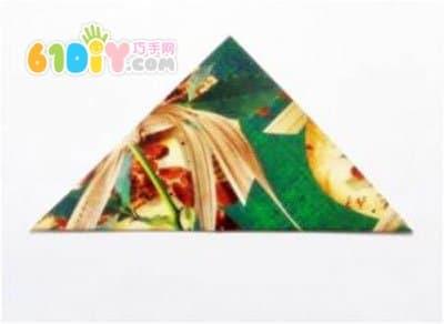 圣诞树折纸图解_树木折纸_巧巧手幼儿手工网