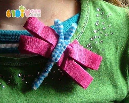 幼儿园小制作:皱纹纸手工蜻蜓