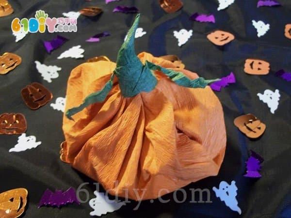 万圣节的南瓜糖果袋手工