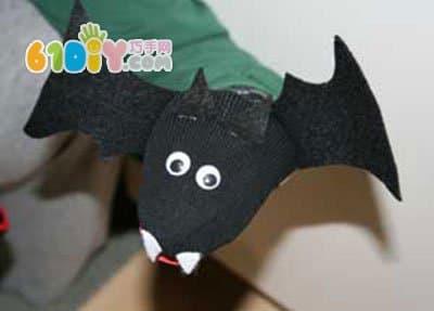 万圣节:袜子手工制作蝙蝠手偶