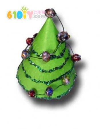 圣诞节手工 立体锥形圣诞树_综合其它_巧巧手幼儿手工