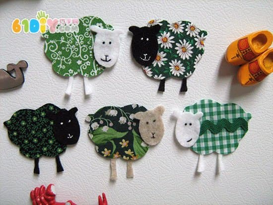 布贴画手工 彩色的小羊