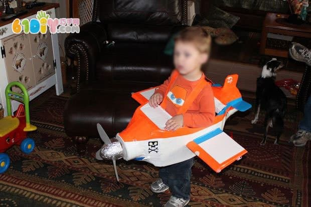 纸箱制作飞机总动员达斯蒂装扮服饰