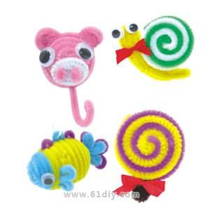 儿童手工——用毛根制作立体小熊.