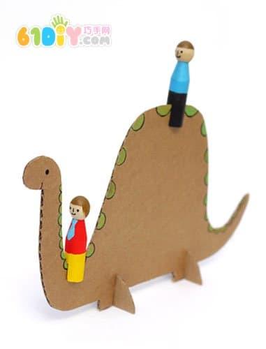 首页 环保手工 纸盒手工  大象, 恐龙, 长颈鹿, 自行车, 直升机