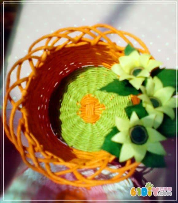 纸绳编织篮子制作过程(2)