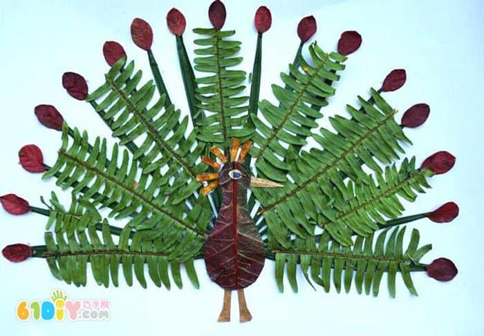 孔雀树叶贴画作品(3)