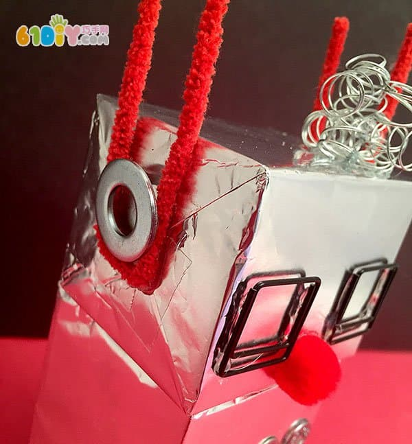儿童手工 纸盒锡纸制作机器人
