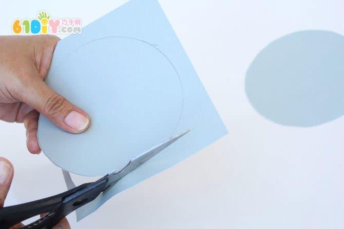 儿童制作手绘纸灯笼