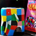 矿泉水瓶制作花格子大象艾玛图片