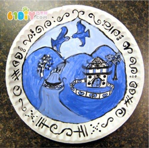 漂亮的手绘青花瓷纸盘画作品