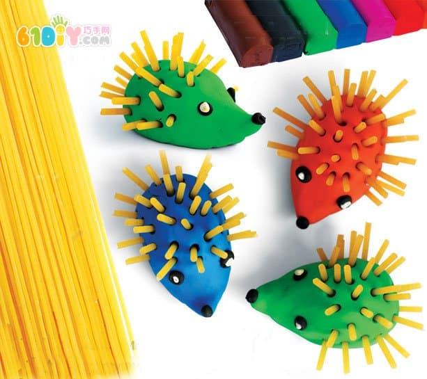 儿童小创意 可爱粘土面条小刺猬_动物彩泥_巧巧手幼儿