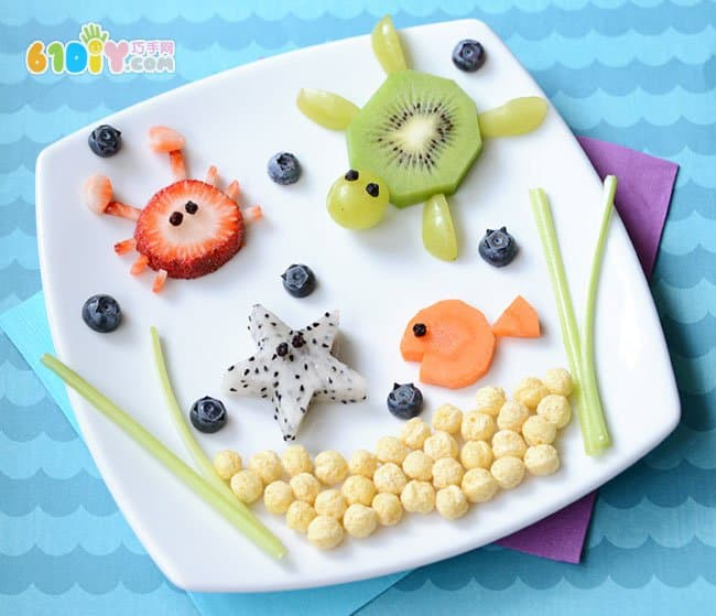制作超可爱的海底世界水果拼盘