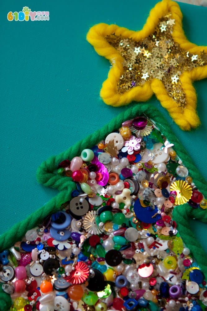 儿童手工制作漂亮圣诞树